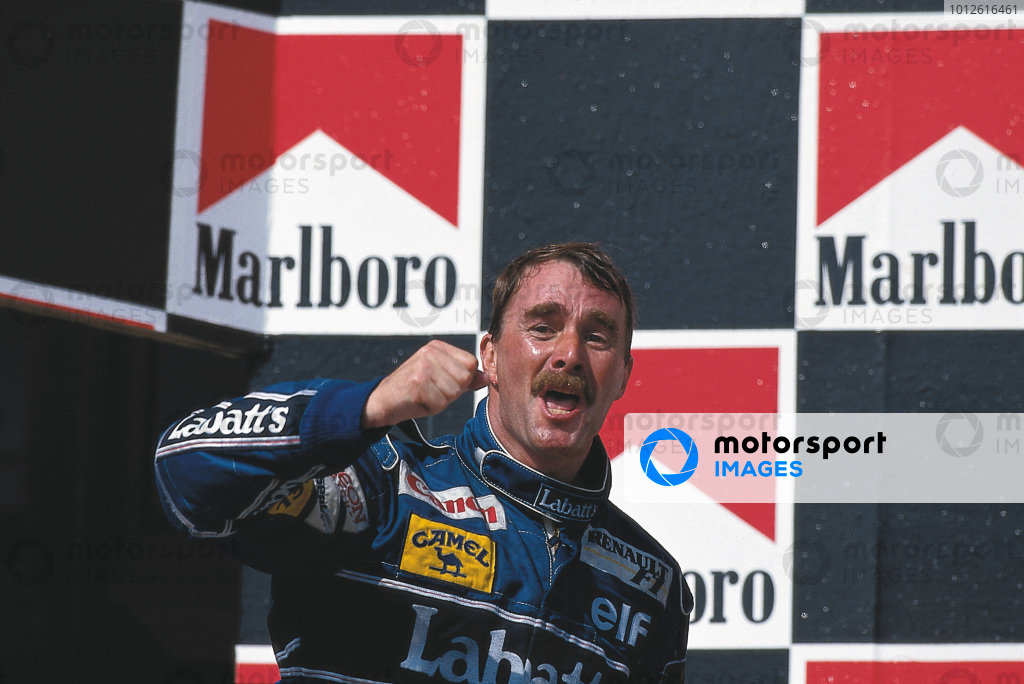 Hungaroring, Budapest, Hungary.14-16 August 1992.Nigel Mansell (Williams Renault) 2nd position clinching the World Championship. Ref: 92HUN08. World Copyright - LAT Photographic Please Note: This image is available as a 30mb+ CMYK Tiff scan upon request.Ref-Motorsport Catalogue, p29.