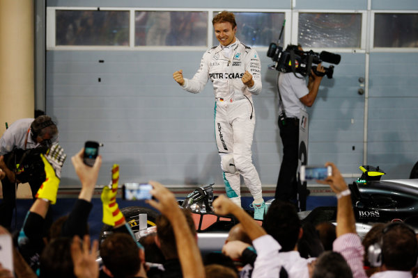 Bahrain International Circuit, Sakhir, Bahrain. Sunday 03 April 2016. Nico Rosberg, Mercedes F1 W07 Hybrid celebrates after winning the race. World Copyright: Glenn Dunbar/LAT Photographic ref: Digital Image _89P0249