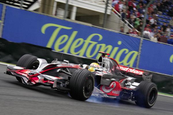 Lewis Hamilton, McLaren MP4-23 Mercedes.