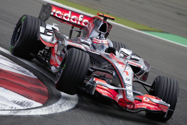 Fernando Alonso, McLaren MP4-22 Mercedes.