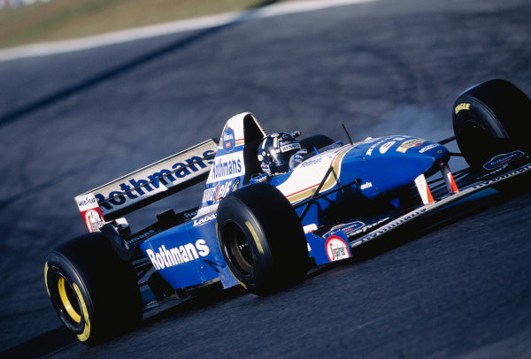 1995 Japanese Grand Prix.Suzuka, Japan. 27-29 October 1995.Damon Hill (Williams FW17B Renault).Ref-95 JAP 17.World Copyright - LAT Photographic