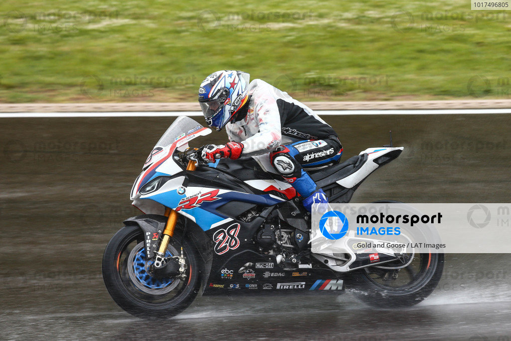 Markus Reiterberger, BMW Motorrad WorldSBK Teamon wet assessment laps.