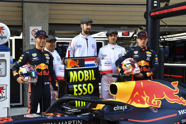 Pierre Gasly, Red Bull Racing and Max Verstappen, Red Bull Racing with Mobil for 1000th race photograph
