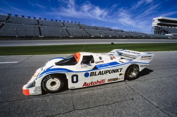 Frank Jelinksi / Claude Ballot-Léna / Jean-Louis Ricci, Joest Racing, Porsche 962 C.