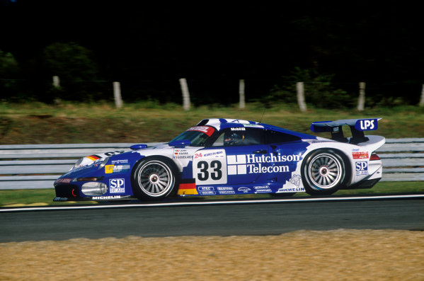 Le Mans, France. 14th - 15th June 1997.Armin Hahne/Pedro Lamy/Patrice Goueslard (Porsche 911 GT1), 5th position, action. World Copyright: LAT Photographic.Ref:  97LM15.