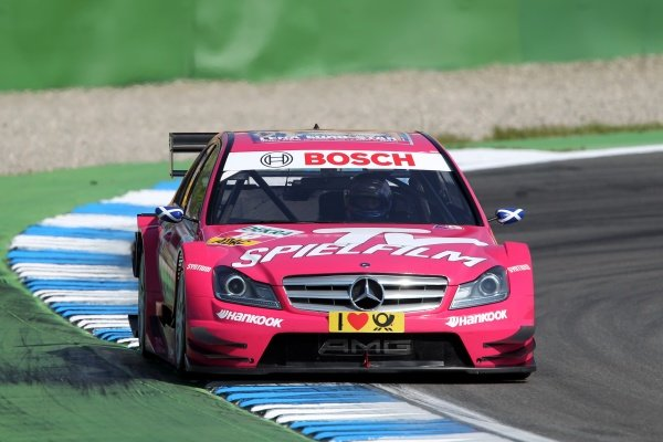 Susie Stoddart (GBR), TV Spielfilm AMG Mercedes.