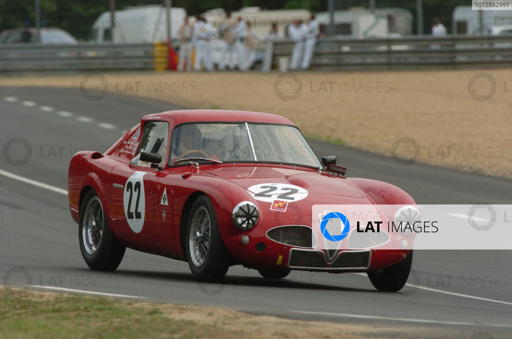 2005 Le Mans LegendsLe Mans, France. 16th JunePhil Hill/Joe Colasacco (no 22 Alfa Romeo 3000 CM. Action World Copyright: Jeff Bloxham/LAT Photographic Ref: Digital image only.