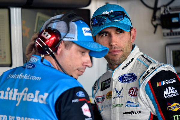 Monster Energy NASCAR Cup Series Toyota Owners 400 Richmond International Raceway, Richmond, VA USA Friday 28 April 2017 Aric Almirola, Richard Petty Motorsports, Smithfield Ford Fusion World Copyright: Nigel Kinrade LAT Images ref: Digital Image 17RIC1nk01657