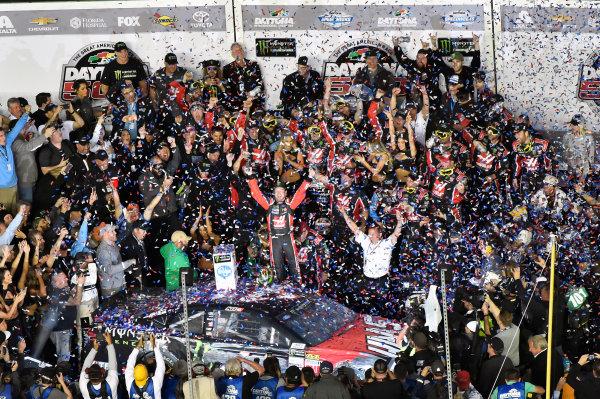 2017 Monster Energy NASCAR Cup Series - Daytona 500 Daytona International Speedway, Daytona Beach, FL USA Sunday 26 February 2017 Kurt Busch celebrates his win World Copyright: Nigel Kinrade/LAT Images  ref: Digital Image _DSC8001