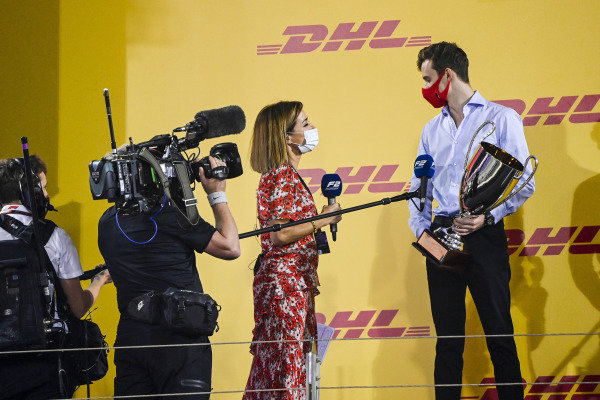 Natalie Pinkham, Sky TV speaks to F2 Championship 2nd position Callum Ilott (GBR, UNI-VIRTUOSI) on the podium with the trophy