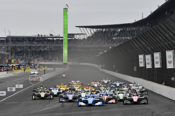 Marcus Ericsson, Arrow Schmidt Peterson Motorsports Honda, Ed Jones, Ed Carpenter Racing Chevrolet, Felix Rosenqvist, Chip Ganassi Racing Honda, Jack Harvey, Meyer Shank Racing, start
