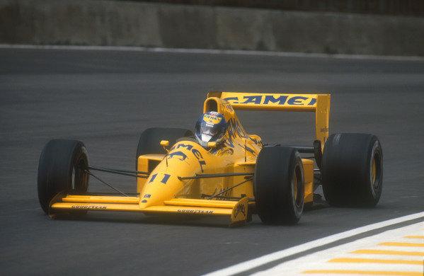 1990 Brazilian Grand Prix.Interlagos, Sao Paulo, Brazil.23-25 March 1990.Derek Warwick (Lotus 102 Lamborghini). He exited the race with an engine failure on lap 25.Ref-90 BRA 11.World Copyright - LAT Photographic