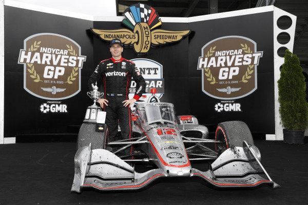 #12: Will Power, Team Penske Chevrolet, podium