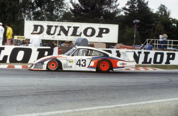 1978 Le Mans 24 Hours.Le Mans, France. 10th - 11th June 1978.Manfred Schurti/Rolf Stommelen (Porsche 935/78) 8th position, action.World Copyright: Jeff Bloxham/LAT Photographic.Ref: 35mm colour transparency.