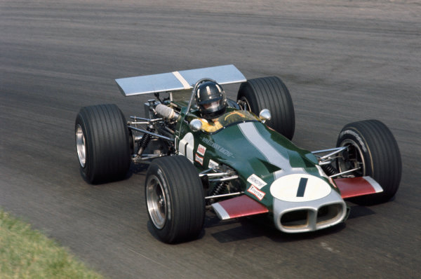 1969 International Gold Cup.  Oulton Park, England. 16th August 1969.  Graham Hill, Lotus 59 Ford, F2.  Ref: 69GC01. World Copyright: LAT Photographic