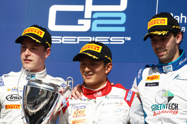 2015 GP2 Series Round 1 - Bahrain International Circuit, Bahrain. Sunday 19 April 2015. Rio Haryanto (INA, Campos Racing), Stoffel Vandoorne (BEL, ART Grand Prix) & Nathanael Berthon (FRA, Lazarus)  Photo: Sam Bloxham/GP2 Series Media Service. ref: Digital Image _G7C8970
