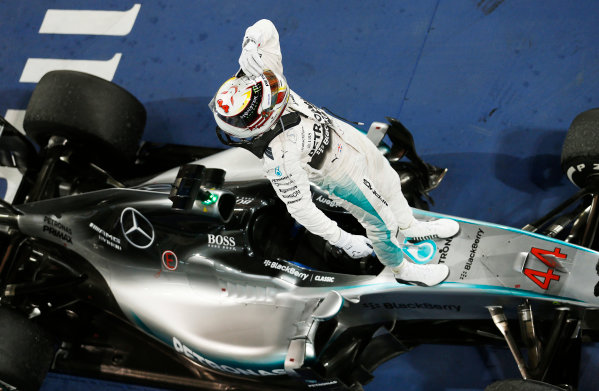 Bahrain International Circuit, Sakhir, Bahrain. Sunday 19 April 2015. Lewis Hamilton, Mercedes AMG, 1st Position, celebrates in Parc Ferme. World Copyright: Steven Tee/LAT Photographic. ref: Digital Image _X0W2379