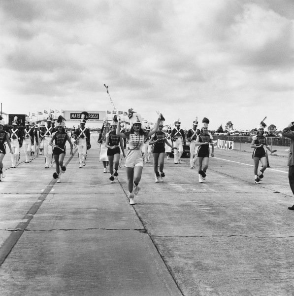 Sebring, Florida, USA. 12 December 1959.Majorettes and the band before the start of the race, atmosphere.World Copyright: LAT Photographic.Ref:  5565