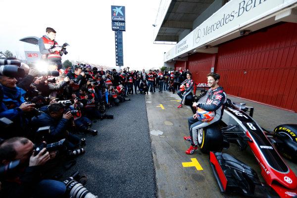 Circuit de Catalunya, Barcelona, Spain Monday 22 February 2016. Romain Grosjean, Haas F1, and Esteban Gutierrez, Haas F1, unveil the Haas VF-16 Ferrari. World Copyright: Glenn Dunbar/LAT Photographic ref: Digital Image _89P3911