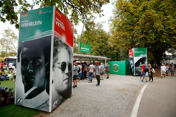 Autodromo Nazionale di Monza, Italy. Friday 01 September 2017. The atmosphere in the F1 Fanzone. World Copyright: Andy Hone/LAT Images  ref: Digital Image _ONZ1825