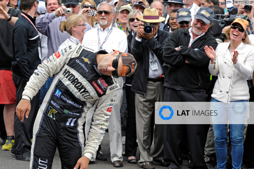 26 May, 2013, Indianapolis, Indiana, USA Winner Tony Kanaan (#11) mugs for the cameras about kissing the