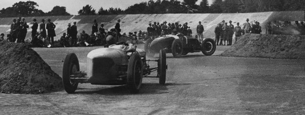 1926 British Grand Prix. Brooklands, Great Britain. 7th August 1926. Albert Divo (Talbot 700), retired, leads Robert Benoist / Andre Dubonnet (Delage 155B), 3rd position, action. World Copyright: LAT Photographic.  Ref:  Autocar Used Picture 13/08/26 Page 259.