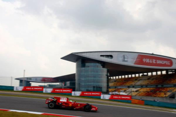 Shanghai International Circuit, Shanghai, China17th October 2008Felipe Massa, Ferrari F2008. Action.World Copyright: Charles Coates/LAT Photographicref: Digital Image _26Y7416