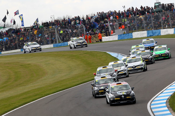 2015 Renault Clio Cup, Donington Park, 18th - 19th April 2015 Race Start, Ant Whorton Eales (GBR) SV Racing Renault Clio Cup leads World copyright. Jakob Ebrey/LAT Photographic
