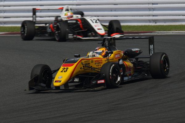 2017 Japanese Formula 3 Championship. Fuji, Japan. 8th - 9th July 2017. Rd 12 & 13. Rd13 2nd position Mitsunori Takaboshi ( #23 B-MAX NDDP F3 ) action World Copyright: Yasushi Ishihara / LAT Images. Ref: 2017JF3_Rd12&13_011