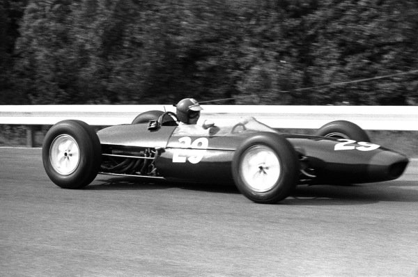 1964 Belgian Grand Prix.  Spa-Francorchamps, Belgium. 12th-14th June 1964.  Peter Revson, Lotus 24 BRM, disqualified for a push start, action. World Copyright: LAT Images. Ref: 11017B - 8.