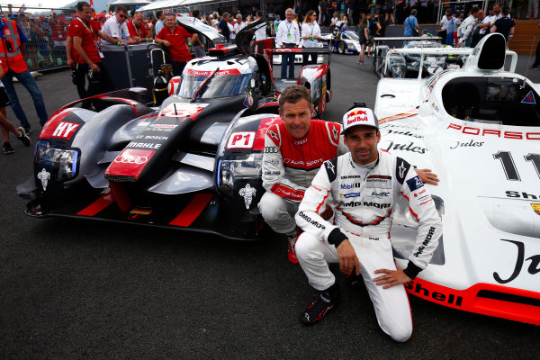 Red Bull Ring, Spielberg, Austria. Saturday 08 July 2017. Tom Kristensen and Neel Jani at the Legends Parade. World Copyright: Andy Hone/LAT Images ref: Digital Image _ONZ0790