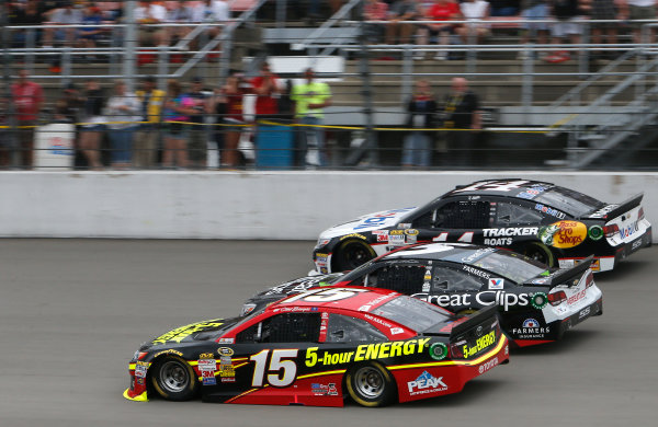 15-17 August, 2014, Brooklyn, Michigan USA Clint Bowyer, Kasey Kahne Jeff Burton ?2014, Brett Moist LAT Photo USA