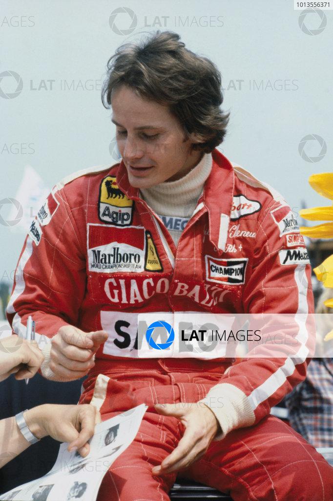 Gilles Villeneuve (Ferrari 126C2), portrait. World Copyright: LAT Photographic.Ref:  82VILLENEUVE01.