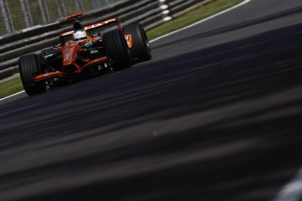 2007 Italian Grand Prix - Friday PracticeAutodromo di Monza, Monza, Italy.7th September 2007.Adrian Sutil, Spyker F8-VII Ferrari. Action. World Copyright: Lorenzo Bellanca/LAT Photographicref: Digital Image _64I5015