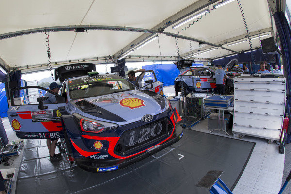 Hyundai i20 WRC, Hyundai World Rally Team, Service Area