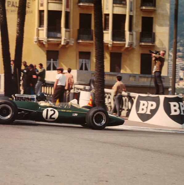 1967 Monaco Grand Prix.Monte Carlo, Monaco.4-7 May 1967.Jim Clark (Lotus 33 Climax).Ref-3/2817A.World Copyright - LAT Photographic