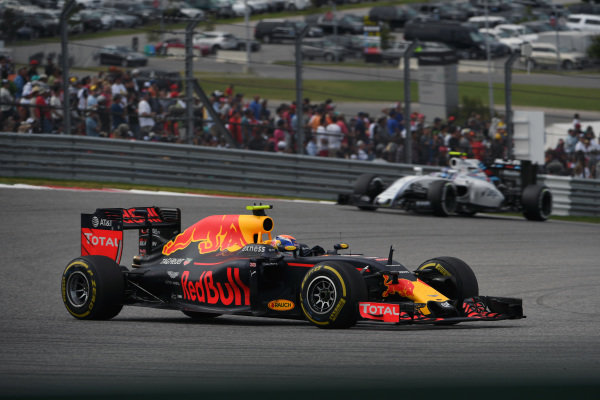 Max Verstappen (NED) Red Bull Racing RB12 at Formula One World Championship, Rd18, United States Grand Prix, Race, Circuit of the Americas, Austin, Texas, USA, Sunday 23 October 2016.