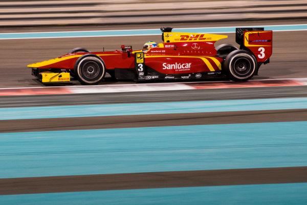 2017 FIA Formula 2 Test 3. Yas Marina Circuit, Abu Dhabi, United Arab Emirates. Saturday 2 December 2017. Oliver Rowland (GBR, Racing Engineering).  Photo: Zak Mauger/FIA Formula 2. ref: Digital Image _O3I6351