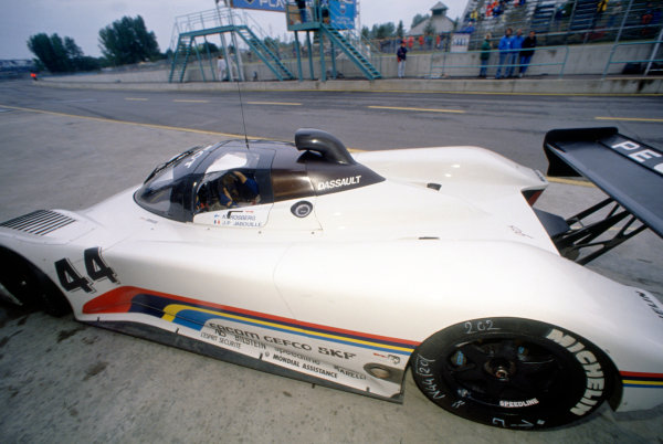 Montreal 480 Kms. Montreal, Quebec, Canada. 23rd September 1990. Rd 8.Keke Rosberg/Jean-Pierre Jabouille (Peugeot 905), retired, in the pits, action. World Copyright: Murenbeeld/LAT PhotographicRef: 90MONT08