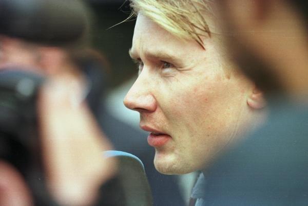 1998 Canadian Grand Prix.Montreal, Quebec, Canada. 5-7 June 1998.Mika Hakkinen (McLaren Mercedes-Benz) is interviewed.World Copyright - Steve Etherington/LAT Photographic