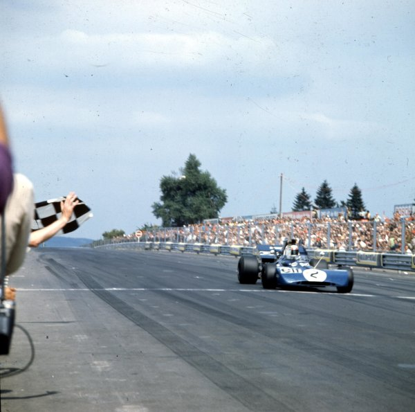 1971 German Grand Prix.Nurburgring, Germany.29/7-1/8 1971.Jackie Stewart (Tyrrell 003 Ford) 1st position.Ref-3/4725J.World Copyright - LAT Photographic