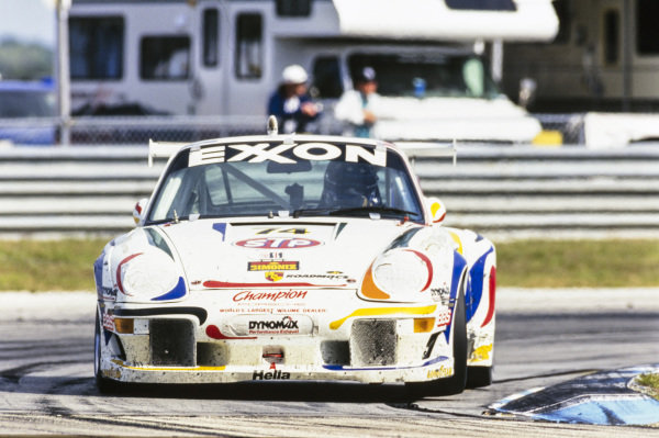 Hans-Joachim Stuck / Bill Adam / Derek Bell / John Fergus, Champion Porsche, Porsche 993 GT2 Evo.