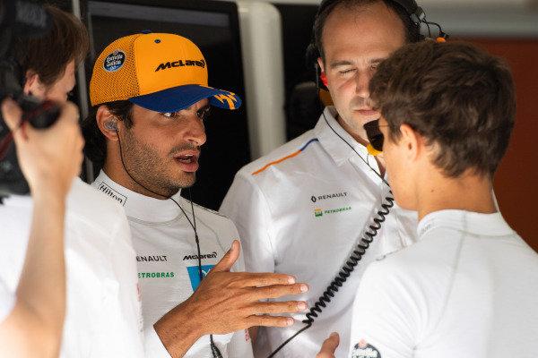 Carlos Sainz Jr, McLaren, and Lando Norris, McLaren