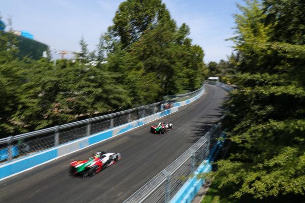 Daniel Abt (DEU), Audi Sport ABT Schaeffler, Audi e-tron FE05 leads Lucas Di Grassi (BRA), Audi Sport ABT Schaeffler, Audi e-tron FE05