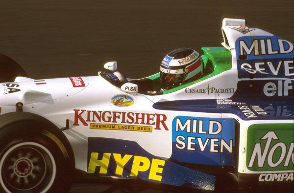 Estoril, Portugal.20-22 September 1996.Gerhard Berger (Benetton B196 Renault) 6th position.Ref-96 POR 11.World Copyright - LAT Photographic