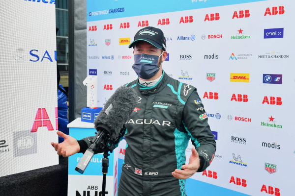 Pole man Sam Bird (GBR), Jaguar Racing, is interviewed