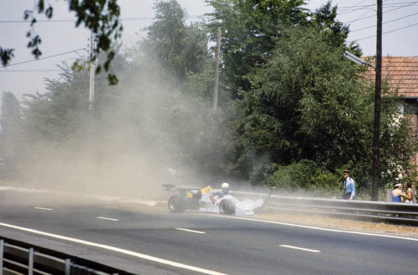Tom Pryce, Chevron B35 Hart, crashes out.