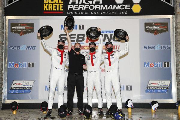 #911 Porsche GT Team Porsche 911 RSR - 19, GTLM: Nick Tandy, Fred Makowiecki, Earl Bamber, podium