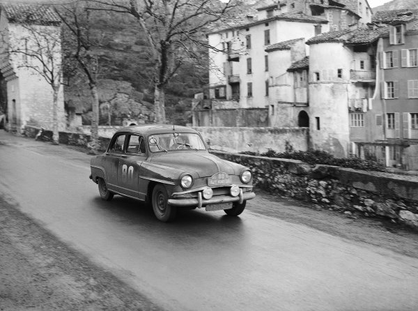 1956 Monte Carlo Rally. M Levy (Simca). Ref-Motor 766/28. World Copyright: LAT Photographic