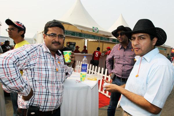 Fans. Formula One World Championship, Rd17, Indian Grand Prix, Buddh International Circuit, Greater Noida, New Delhi, India, Race, Sunday 28 October 2012.